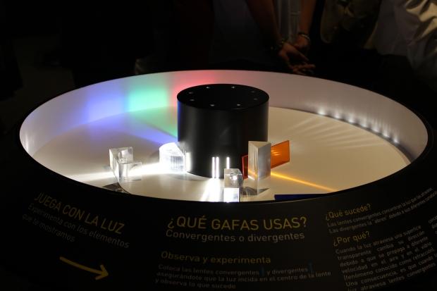 Con la ayuda de estos primas aprenderemos algunos conceptos sobre la luz.