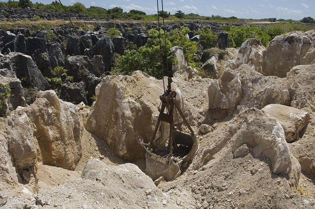 La producción de fertilizantes con fósforo depende de la explotación minera. Mientras que el nitrógeno proviene de un proceso industrial.